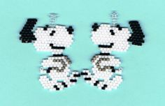 Hand Beaded Snoop Dog earrings by on Etsy Seed Bead Jewelry, Seed Bead Earrings, Beaded Jewelry, Animal Earrings, Seed Beads, Pony Bead Patterns, Beading Patterns, Beaded Snoopy, Brick Stitch Earrings