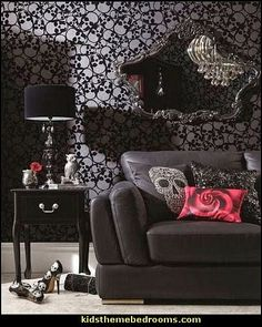 goth style teens rooms-decorating goth theme bedrooms