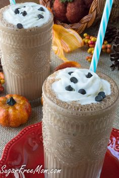 Sugar Free Chocolate Pumpkin Spice Protein Smoothie {Dairy Free and Low Carb}