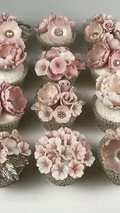 Sparkly Wedding Cakes, Wedding Cakes With Cupcakes, Fun Cupcakes, Cake Decorating Frosting, Cake Decorating Videos, Cake Decorating Techniques, Cupcakes Flores, Floral Cupcakes, Cupcake Flower Bouquets