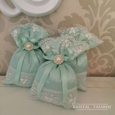 Mint and lavender bag - Diy and Crafts Lavender Bags, Lavender Sachets, Wedding Favours, Wedding Gifts, Sewing Crafts, Sewing Projects, First Communion Favors, Sachet Bags, Scented Sachets