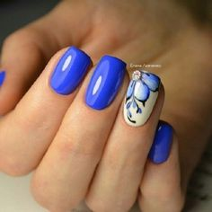 65 Blue Nail Art Ideas-- Glossy Blue with White Nail Art. Get your nails painted with this simple and classy nail art design with blue color. Blue And White Nails, White Nail Art, French Nails, Hot Nails, Hair And Nails, Blue Nail Designs, Blue Nails With Design, Spring Nail Art, Classy Nails
