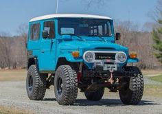 70's Icon 4x4 Toyota Land Cruiser FJ40 Hard Top Sky Blue