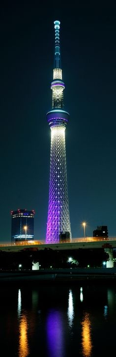 Tokyo Sky Tree by Frank Hsieh Amazing Buildings, Amazing Architecture, Places To Travel, Places To See, Places Around The World, Around The Worlds, Tokyo Skytree, Tokyo Japan, Historical Sites