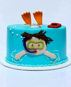 I love this little pool cake. or swimming cake? Little boy swimming cake! Pretty Cakes, Cute Cakes, Swimming Cake, Swimming Cupcakes, Underwater Swimming, Swimming Diving, Rodjendanske Torte, Pool Party Cakes, Pool Parties