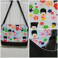 Sewing : Two Pretty Poppets: Good-To-Go Messenger