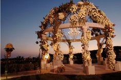 altar for outdoor wedding