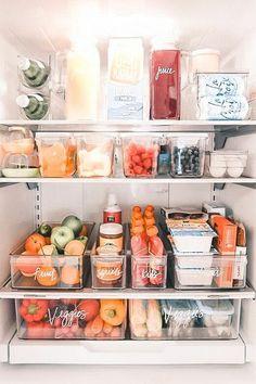 Refrigerator Organization, Kitchen Organization Pantry, Home Organisation, Room Organization, Organize Fridge, Fridge Storage, Organized Kitchen, Kitchen Storage, Home Decor Kitchen