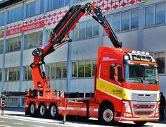 Volvo FH zwaar autokraan Mining Equipment, Heavy Equipment, Tow Truck, Big Trucks, Knuckle Boom, Road Train, Swedish Brands, Volvo Trucks, Heavy Truck