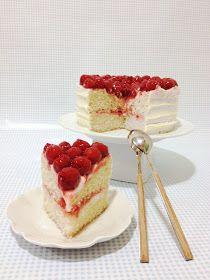 Jessitartas...: CONONUT & CHERRY CAKE // Tarta de Crema de Coco y Cerezas con Buttercream de Vainilla