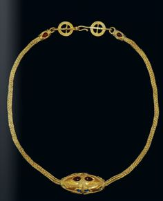 Roman gold necklace pendant, 3rd century A.D.