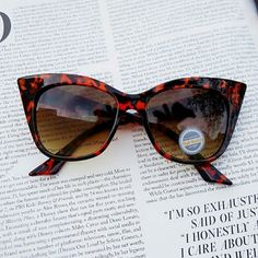 Listing for @mmb3 Bundle for Michelle Accessories Sunglasses