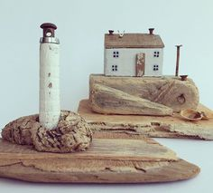 Two separate pieces, in different scales (the lighthouse is only about 5cm tall)…