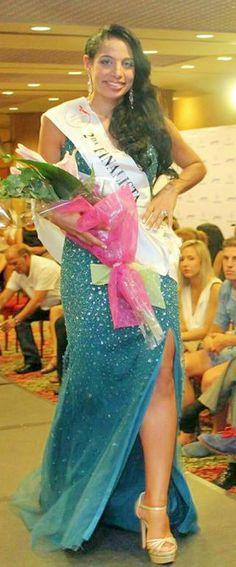 #NorelkysMedina clasifica como 2º Finalista y recibe su Banda del certamen Mrs+30 Zaragoza 2015.