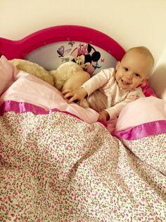 Žádný pokojíček malé princezny se neobejde bez dětské Minnie postýlky. Nasa, Toddler Bed, Disney, Furniture, Home Decor, Homemade Home Decor, Home Furnishings, Decoration Home, Arredamento
