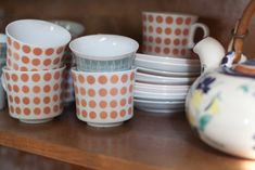 Cute retro cups. Arabia of Finland.