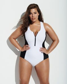 Forever 21 Chooses Ashley Graham to Model Ridiculously Flattering Swimsuits You'll Need Now – Plus Size Models Plus Size Bikini Bottoms, Women's Plus Size Swimwear, Trendy Swimwear, Curvy Swimwear, Summer Swimwear, Plus Size Bade, Mode Xl, Plus Size Sommer, Flattering Swimsuits