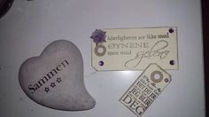 Bilde: I Card, Dog Tags, Dog Tag Necklace, Signs, Pictures, Shop Signs, Sign, Dishes