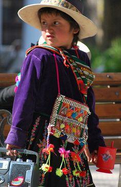 Street Performers in Santa Cruz, Bolivia by Renee Weppner, via Flickr