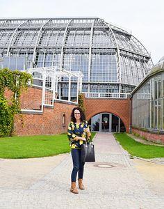 Bluzka uszyta z wykroju Burda 02/2016 model 102 i ogród botaniczny w Berlinie Burda Patterns, Louvre, Building, Model, Travel, Viajes, Buildings, Scale Model