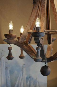 houten kroonluchter hoffz - http://www.koektrommel.nl/de-koektrommel-verlichting/de-koektrommel-binnenverlichting/houten-luchter-hoffz.html