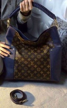 f41faee2e36e Spring Summer 2015 Louis Vuitton Handbags On Sale With Free Shipping -  Bagatelle bag in Monogram Canvas with Blue Leather