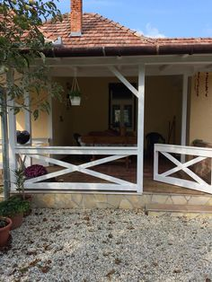 Cottage Interiors, Cottage Homes, Pergola, Porch, Farmhouse, Outdoor Structures, Places, Home Decor, House