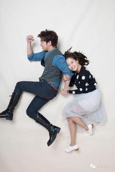 Song Ji Hyo and Chen Bolin photoshoot for We Are In Love. © on pic
