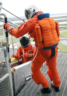 Nasa Evolution of US Spacesuits Over The Years - NASA Photographic History Of Space Suit - Thrillist - NASA's future plans look as ridiculous as the first spacesuit. Astronaut Suit, Project Mercury, Space Fashion, Kennedy Space Center, Launch Pad, Nasa Astronauts, Space Program, First Humans, Space Shuttle