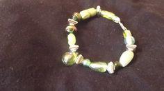 ein passendes Armband noch dazu?alles in schönen satt grünen Farben gehalten Preis: 2,50€  a matching bracelet yet? all in beautiful green lush colors held to Price: 2,50 €