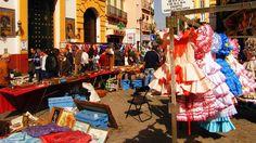 ¿Conoces los #mercadillos de #Sevilla? Sabías que 'El jueves' de la calle Feria es anterior a la conquista de la ciudad por el rey Fernando III de Castilla? ¡Descúbrelos en el post de hoy!