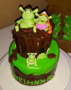 Shrek Cake and cupcakes