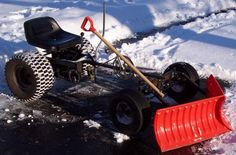 bike-powered plow Tractor Snow Plow, Build A Go Kart, Snowy Day, Small Engine, Mini Bike, Tractors, Diy And Crafts, Lifted Trucks, Rat Rods