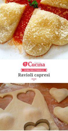 Ravioli capresi Pasta Recipes, Snack Recipes, Cooking Recipes, Ravioli Recipe, Italy Food, Pasta Maker, Fresh Pasta, Happy Foods, Homemade Pasta