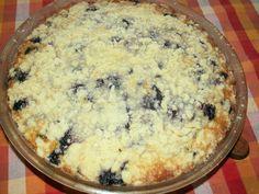 Z mouky, cukru, hery a van.cukru uděláme drobenku. Pak 2 hrníčky odebereme a přidáme vajíčka, prášek do pečiva a mléko. Vše zamícháme nalijeme... Macaroni And Cheese, Pie, Breakfast, Ethnic Recipes, Desserts, Food, Halloween, Torte, Morning Coffee