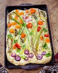 Лайфхаки, как сделать выпечку красивой, фото № 3 Easy Bread Recipes, Easy Dinner Recipes, Vegan Recipes, Easy Meals, Cooking Recipes, Dinner Ideas, Bread Art, Quiches, Creative Food