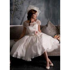 Vintage Ballgown Chiffon Tea Length Short Sleeves Appliques And Flower Wedding Dress Wedding Dresses
