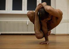 RubberLegz   danseur   contorsionniste   RubberLegz breakdance contorsionniste 1