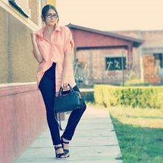 Back to school outfit idea 1 #backtoschool #outfit #outfitidea #idea #inspiration #instafashion #fashion #style #model #bag #shirt #school #outfitinspo #h&m #jeans #skinny #fit #trend #trendy #casual #wear #fall