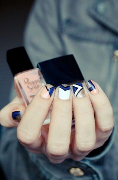 Nail Art & Trends