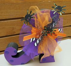 Wood available at Dandylion Wishes.  Love how this Witches Boot turned out.
