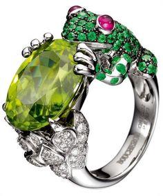 Peridot Frog Ring