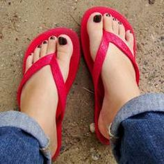 Are flip-flops bad for your feet? | MNN - Mother Nature Network