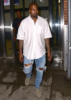 The kanye west look book Kanye West Outfits, Kanye West Style, Mode Masculine, Moda Kanye West, Rihanna News, Streetwear, Yeezy Outfit, Outfits Hombre, Mens Fashion Suits