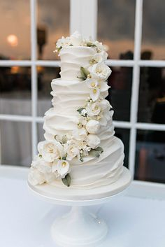 Wedding Cake Inspiration - Wedding and Prom - Cake Wedding Cake Inspiration - Wedding and Prom - Cake # . Happy Kuchen kuchenfd Kuchen Wedding Cake Inspiration - Wedding and Prom - Different Wedding Cakes, Pretty Wedding Cakes, Floral Wedding Cakes, Wedding Cake Stands, Wedding Cakes With Flowers, Elegant Wedding Cakes, Beautiful Wedding Cakes, Wedding Cake Designs, Rustic Wedding