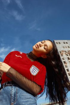 Meet the London photographer who loves shooting vintage sports kit Football Fashion, 90s Fashion, Womens Fashion, London Photographer, Looks Cool, Mode Inspiration, Urban Outfitters, Personal Style, Fashion Photography