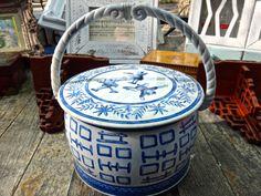 Asian Tin Oriental Blue White Tin Round Tin Masculine