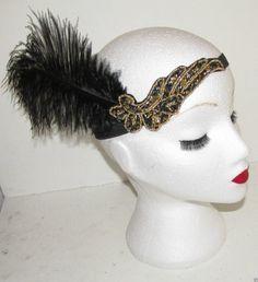 Starcrossed Beauty L75 Kopfschmuck/Haarband, im Stil der 20er-Jahre, mit Straußenfeder, Schwarz/goldfarben: Amazon.de: Beauty