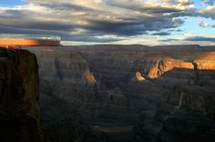 The horseshoe-shaped platform extends some 70 feet from the canyon rim above a more than 4,000-foot drop to the Colorado River below.