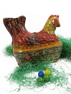 Egg Laying Chicken Hen, Crank Wind Up Tin Litho Toy, EASTER, Spring Decor